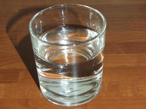 El cloro del agua del grifo es t xico dicen algunos vendedores de agua embotellada o de - Agua del grifo o embotellada ...